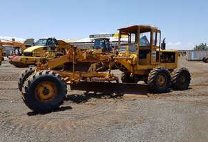1963 Caterpillar 12E 21F Grader *CONDITIONS APPLY*