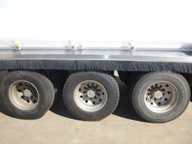 Moore Semi Tipper Trailer - picture12' - Click to enlarge