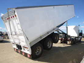 Moore Semi Tipper Trailer - picture0' - Click to enlarge