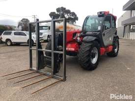 2015 Manitou MLT840/137 - picture2' - Click to enlarge