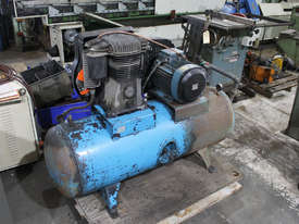 Air Compressor (415V)  - picture0' - Click to enlarge