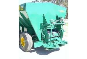 Seymour Rural Equipment Seymour 4500 Chain Spreader