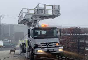 ACMSC55RRV - 7.3m height 600kg capacity scissor-type EWP mounted on Mercedes-Benz Atego 2329