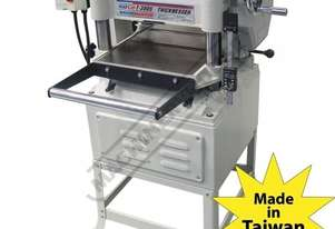 T-380S Thicknesser 380 x 150mm (W x H) Material Capacity  Includes Spiral Cutter Head with Carbide I