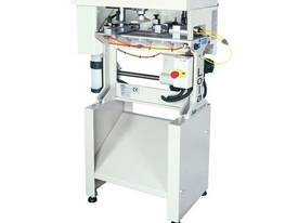 LGF Lola Milling Machine - picture0' - Click to enlarge