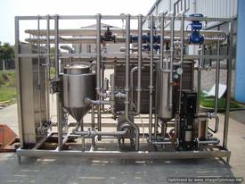 IOPAK Plate Type Continuous Pasteurisation System - picture3' - Click to enlarge