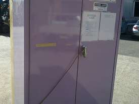 Flammable storage cabinets - picture2' - Click to enlarge