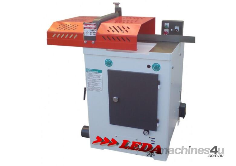 LEDA YFC-18 UNDER TABLE DOCKING SAW