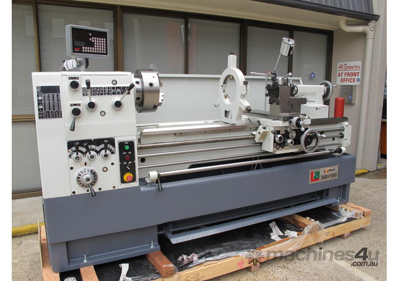 560mm Swing Centre Lathe, 80mm Spindle Bore