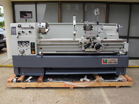 Centre Lathe, 560x1500mm Turning Capacity, 80mm Bore - picture2' - Click to enlarge