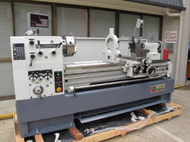 Centre Lathe, 560x1500mm Turning Capacity, 80mm Bore - picture3' - Click to enlarge