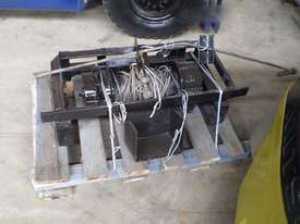 Hydraulic Winch Winch Attachments - picture0' - Click to enlarge