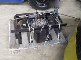 Hydraulic Winch Winch Attachments - picture1' - Click to enlarge