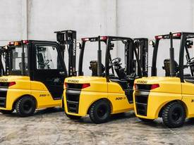 7E Series Diesel Forklift Truck - picture1' - Click to enlarge