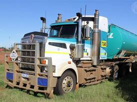 Kenworth T904 Prime Mover