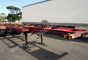1988 Krueger 40ft Tri-Axle Skel Trailer