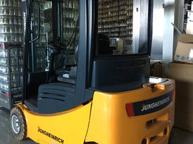 AS NEW Jungheinrich 48V Electric Forklift VERY LOW - picture1' - Click to enlarge