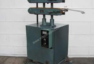 Extrusion Pipe Tube Cable Profile Belt Puller Hauloff Machine