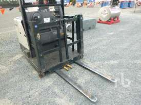 CROWN SP3520-30 Electric Forklift - picture2' - Click to enlarge
