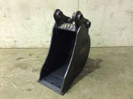 UNUSED 250MM SAND BUCKET TO SUIT 2-3T MINI EXCAVATOR D893 - picture0' - Click to enlarge