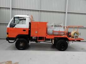 Mitsubishi Canter Cab chassis Truck - picture1' - Click to enlarge