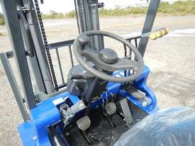 Unused 2018 Apache HH30Z 3 Ton Diesel Forklift  - picture10' - Click to enlarge