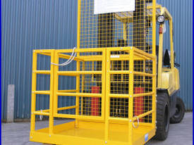 Forklift Work Cages - picture0' - Click to enlarge