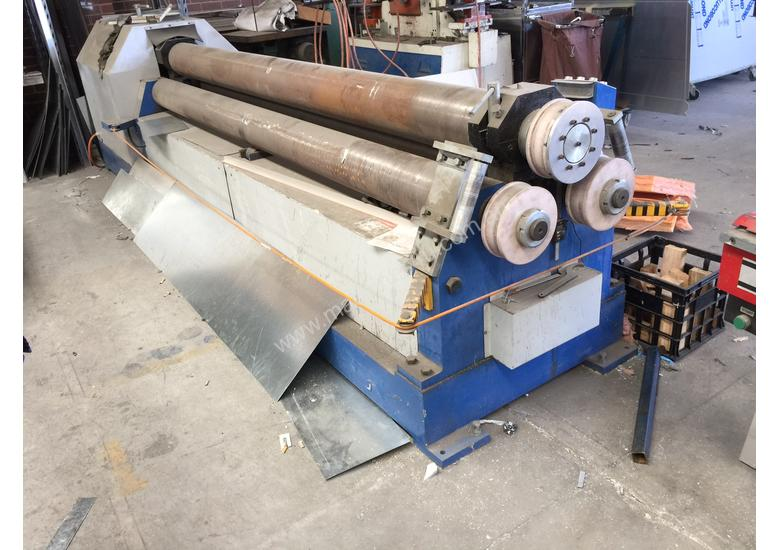 Just Traded - 3100mm x 6.5mm Plate Rollers with Stub Extension End Formers