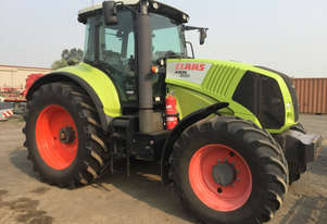 Claas Axion 840 FWA/4WD Tractor