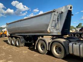 ROADWEST tri axle lead trailer - picture0' - Click to enlarge