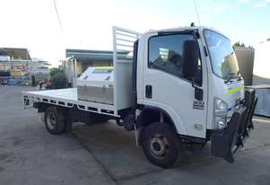 2011 Isuzu NH NPS300 Flat Bed 4x4 Truck