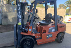 Nissan Container Mast Forklift w/ Sideshift and Fork Positioner For Sale!