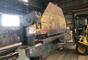 Kleen PRESS BRAKE 300 TON X 6500 MM