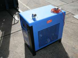 104cfm Compressed Air Refrigerated Dryer for removing water from compressed air - picture1' - Click to enlarge