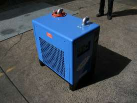 104cfm Compressed Air Refrigerated Dryer for removing water from compressed air - picture2' - Click to enlarge