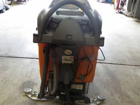 TASKI SWINGO 1650 400 HOURS  - picture2' - Click to enlarge