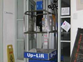 Up Lift UG35DC Vertical lift - picture3' - Click to enlarge