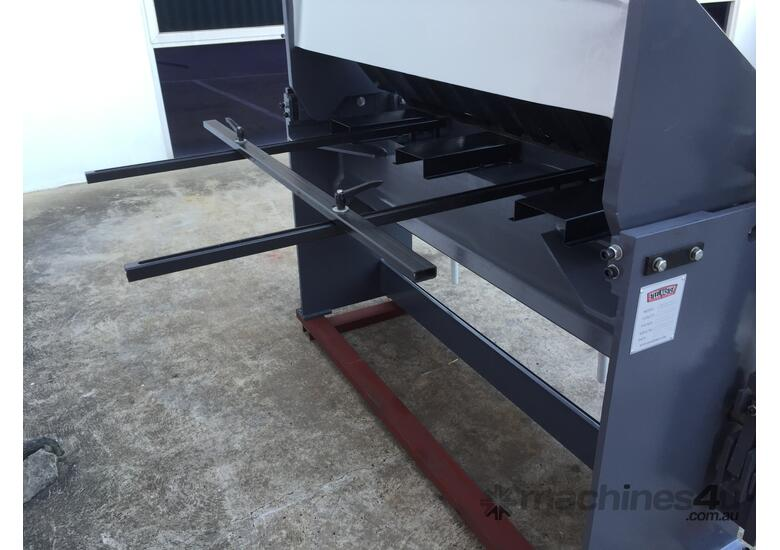 1300mm x 2mm High Box Depth Panbrake Folder