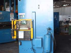 PJ Hare 63HP Hydraulic Press 63 tonne 630kN 18.5kW - picture3' - Click to enlarge