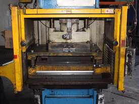 PJ Hare 63HP Hydraulic Press 63 tonne 630kN 18.5kW - picture6' - Click to enlarge