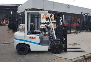 TCM Forklift 3000KG Container Entry 4350mm Lift Side Shift Refurbished Serviced