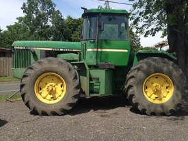 John Deere 8450 Articulated Tractor - picture0' - Click to enlarge