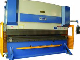 SM-PB300-4000NC2-S 4000MM X 300TON NC PRESSBRAKE - picture4' - Click to enlarge