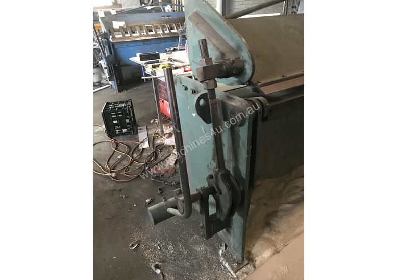 Just In - KLEEN 3050mm x 2mm Hydraulic Folder - Reduced For Quick sale