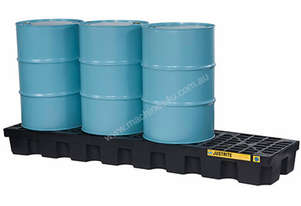Drum Bunds & Spill Pallets. 4 drums - polyethylene inline