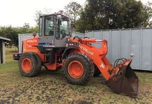 Hitachi   LX80-7 Loader
