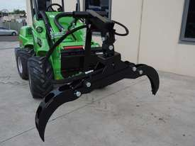 Avant 528 Mini Loader for Arborists - picture9' - Click to enlarge