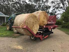 Round Bale Feed Out Wagon - picture3' - Click to enlarge