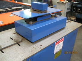 Australian Made 20 Gauge Lockseamer - picture3' - Click to enlarge