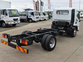 2018 Hyundai MIGHTY EX4 STD CAB SWB Cab Chassis   - picture5' - Click to enlarge